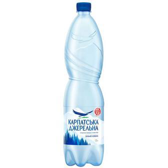 Вода мінеральна сильногазована Карпатська джерельна 1,5л