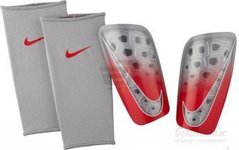 Щитки футбольні Nike NK MERC LT GRD SP2120-012 р. S сірий
