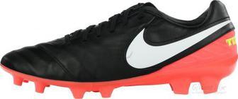 Бутси Nike TIEMPO MYSTIC V FG 819236-018 р. 11 чорний